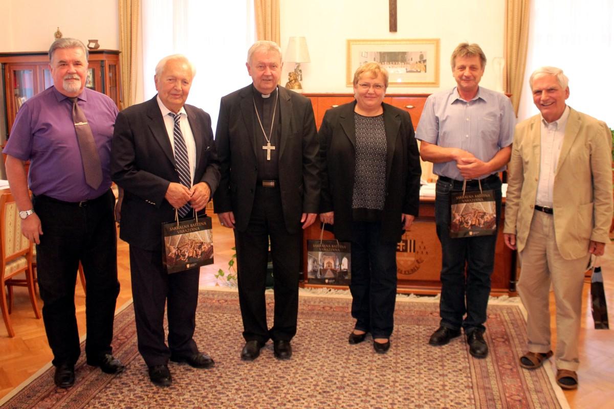 Biskup Mrzljak primio izaslanstvo Hrvatskog žrtvoslovnog društva