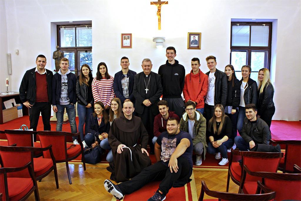 Framaši iz Hrvatske katoličke misije u Beču posjetili biskupa Mrzljaka