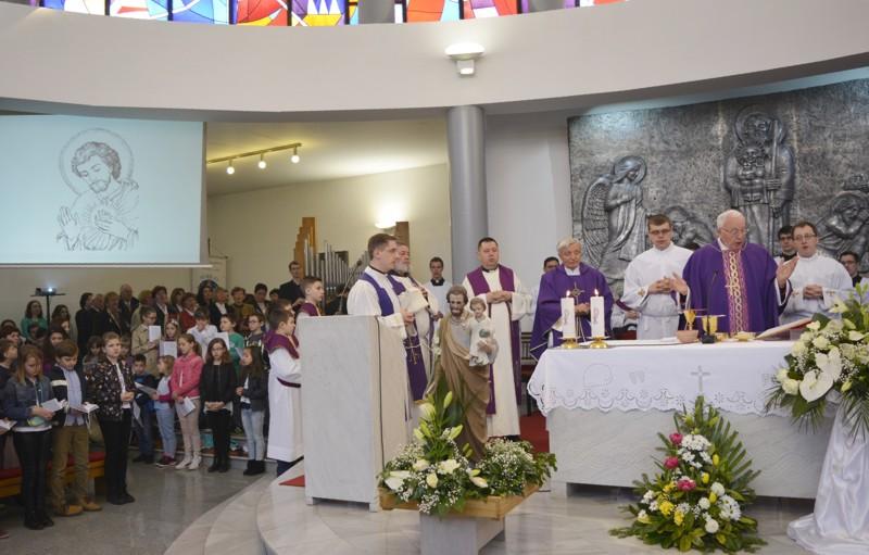 Biskup Jezerinac predvodio proslavu Josipova na Banfici u Varaždinu